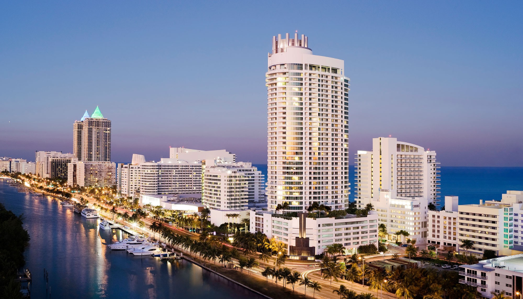 Fontainebleau Miami Beach 3.png